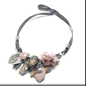Just in! Gorgeous Fabric Floral necklace!